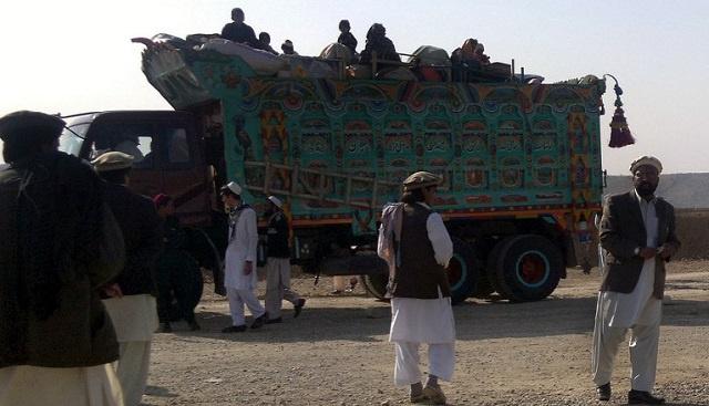 مقتل إثنين من عناصر طالبان باكستان بانفجار قنبلة