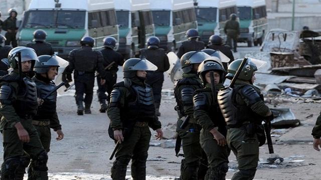 مقتل 12 مسلحا والقبض على 20 آخرين في حملة للجيش الجزائري في الجنوب