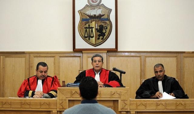 الحكم بسجن ضابط مخابرات تونسي بتهمة بيع معلومات حول أتباع القذافي في تونس