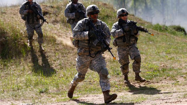 الناتو يدرس نشر قوات دائمة في شرق أوروبا تحسبا لتداعيات أحداث أوكرانيا