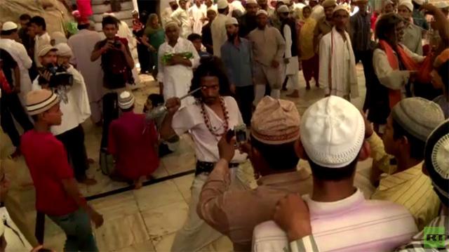 بالفيديو.. مهرجان صوفي يجمع الحجاج من كافة أنحاء الهند
