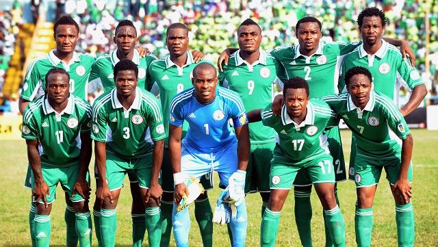 نيجيريا تكشف عن تشكيلتها الأولية لمونديال البرازيل