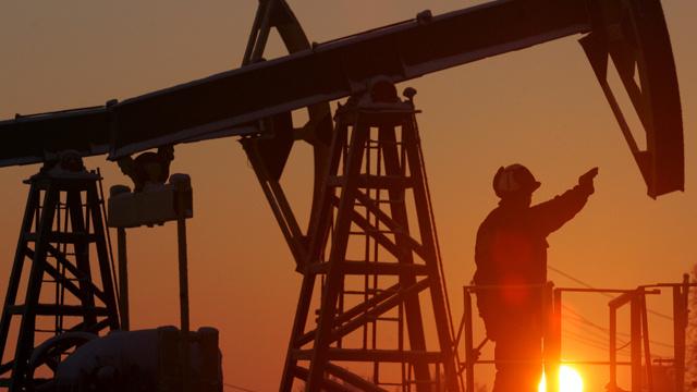 السعودية ترفع إنتاجها من النفط إلى 9.66 مليون برميل يوميا في أبريل