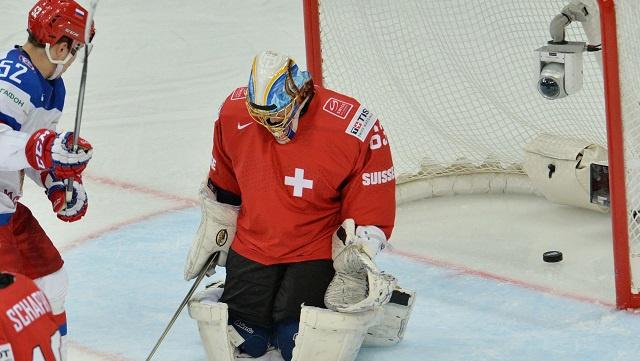 روسيا تكتسح سويسرا في مستهل مشوارها في بطولة العالم للهوكي