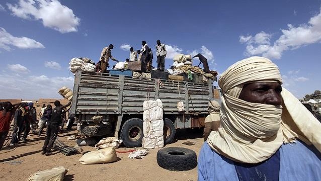 العثور على 13 جثة لمهاجرين نيجريين في جنوب الصحراء الجزائرية