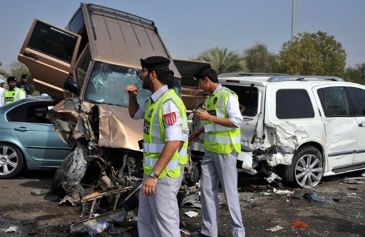 مقتل 13 شخصا واصابة 16 آخرين في حادث مروري بدبي