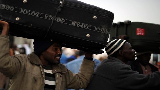 ليبيا تهدد أوروبا بالمهاجرين غير الشرعيين