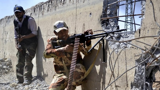مواجهات عنيفة في دير الزور بسورية