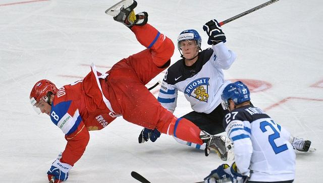 روسيا تفك عقدة فنلندا في هوكي الجليد