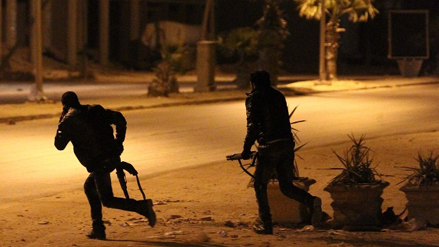 مقتل 4 عسكريين في هجومين منفصلين بمدينة بنغازي الليبية