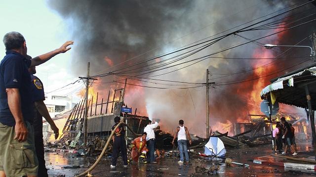 قتيل وجرحى في سلسلة من الانفجارات جنوب تايلاند