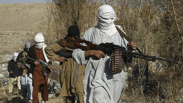 مقتل العشرات في أفغانستان مع بدء حركة طالبان لـ