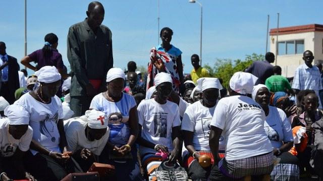 حكومة جنوب السودان تتهم زعيم المتمردين بعدم التزام قواته باتفاق وقف النار