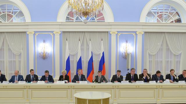 مدفيديف: الصين كانت ولا تزال شريكا رئيسيا لروسيا
