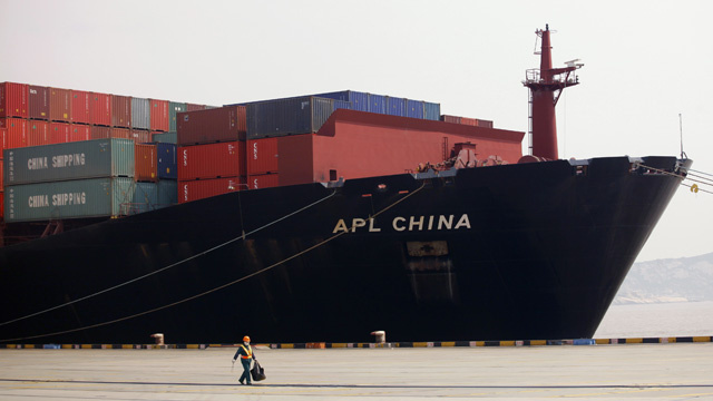 تجارة الصين الخارجية تتجاوز 1.32 تريليون دولار في أربعة أشهر