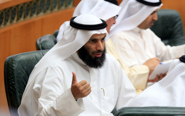 وزير العدل الكويتي يعلن قبول أمير البلاد استقالته