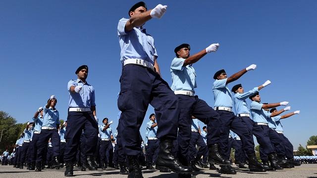 فرنسا تبدأ قريبا تدريب عناصر من الشرطة الليبية