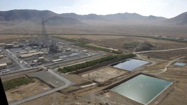 عراقجي: طهران لا تنوي تخفيض قدرة مفاعل أراك بل مستعدة لإدخال تغييرات طفيفة على هيكله