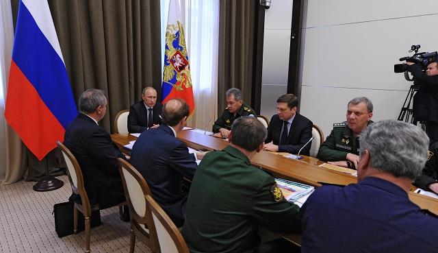 بوتين يدعو إلى التخلص من الاعتماد على الخارج في مجال الصناعة العسكرية