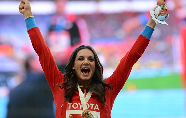 بطلة العالم في القفز بالزانة الروسية إيسينبايفا تعود لعالم البطولات وتستعد لأولمبياد ريو دي جانيرو