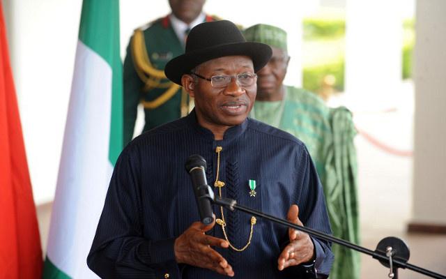 الرئيس النيجيري يرفض إطلاق سراح سجناء بوكو حرام مقابل الإفراج عن الطالبات المختطفات