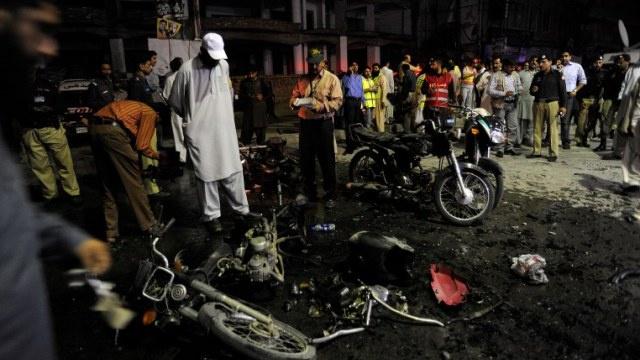 إصابة 16 شخصا على الأقل في انفجار دراجة نارية مفخخة في باكستان