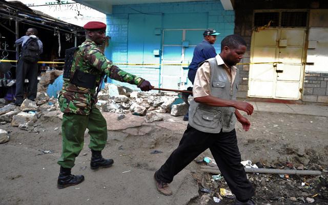 10 قتلى بانفجارين في كينيا