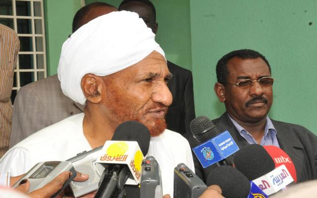السلطات السودانية تعتقل زعيم المعارضة الصادق المهدي