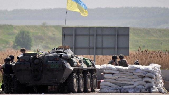 الاستخبارات الأمريكية تنفي مقتل موظفيها في شرق أوكرانيا
