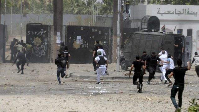 جرح 4 أشخاص في انفجار في مؤتمر لدعم السيسي في القاهرة