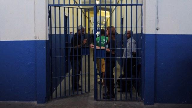 احتجاز 122 رهينة في عصيان مدني في سجن في البرازيل