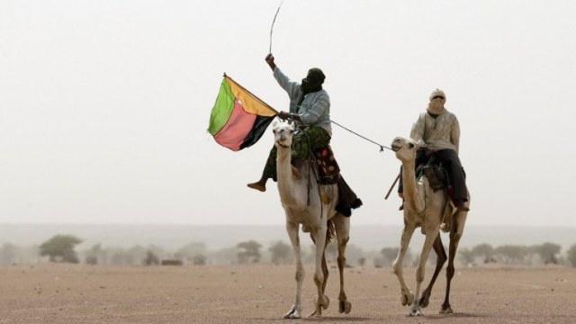 مقتل 36 شخصا واختطاف 30 آخرين في مواجهات بين الجيش ومسلحين من الطوارق شمال مالي