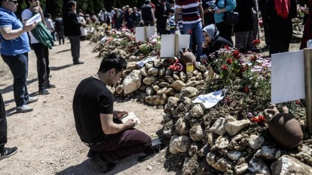 اعتقال 24 شخصا في إطار التحقيق بانفجار منجم سوما في تركيا