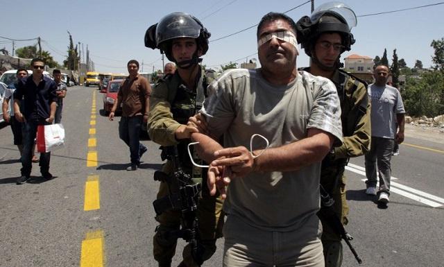 القوات الإسرائيلية تعتقل 4 فلسطينيين في الضفة الغربية