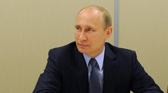 بوتين يدعو كييف الى إيقاف العملية القمعية في شرق البلاد وحل جميع القضايا بالوسائل السلمية