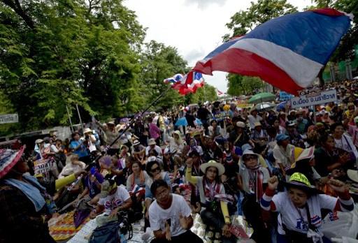 رئيس وزراء تايلاند المؤقت يرفض طلب البرلمان بالاستقالة