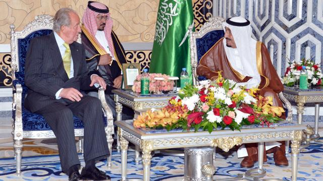 ملك إسبانيا يبحث التعاون الاقتصادي في السعودية