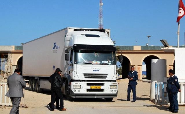 بعد الجزائر والسعودية ومصر.. تونس تدعو رعاياها إلى تفادي السفر إلى ليبيا