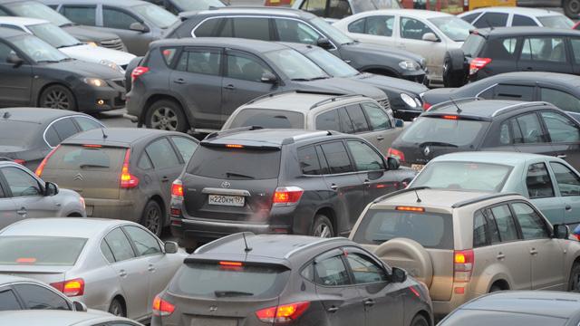 خبراء: الصين ستنتج نصف سيارات العالم بحلول عام 2021