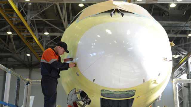 روسيا والصين تخططان لتصنيع طائرة تنافس إيرباص وبوينغ