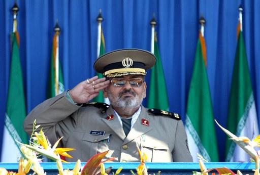 رئيس الأركان الإيراني يدعو وسائل الإعلام في بلاده إلى دعم الحكومة