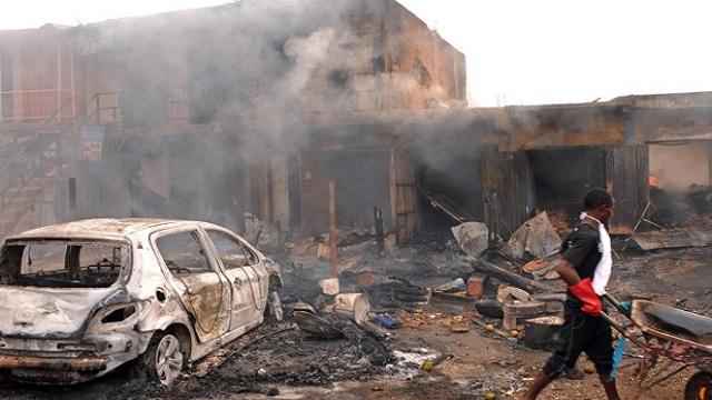 مقتل 118 شخصا في نيجيريا والحكومة تمدد حالة الطوارئ