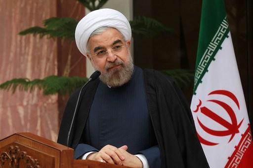 روحاني يشدد على ضرورة إزالة أسلحة الدمار الشامل وحل الأزمة السورية
