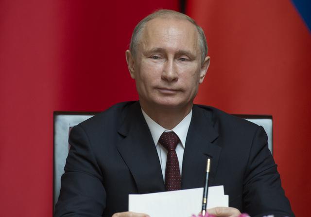 بوتين: روسيا قامت بكل ما في وسعها لإقامة اتصالات مباشرة بين سكان شرق أوكرانيا وسلطات كييف