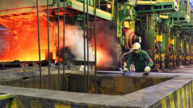 الإنتاج الصناعي الروسي يرتفع بـ 1.4% في الثلث الأول من 2014