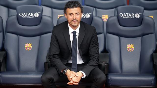 بالفيديو .. هكذا رحب برشلونة بابنه البار إنريكي