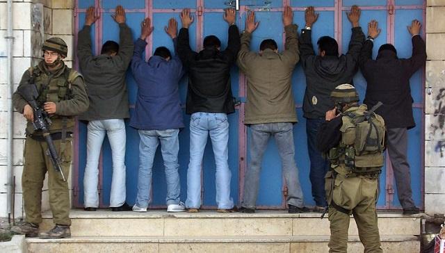 5200 أسير فلسطيني يدخلون اليوم في إضراب تحذيري عن الطعام