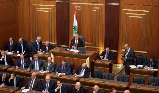 شبح الفراغ الرئاسي يخيم على لبنان مع فشل خامس للبرلمان في اختيار رئيس للبلاد