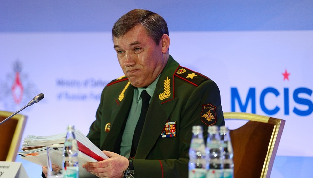 رئيس الأركان الروسي: موسكو تتخذ إجراءات ردا على زيادة قوات الناتو بالقرب من حدودها
