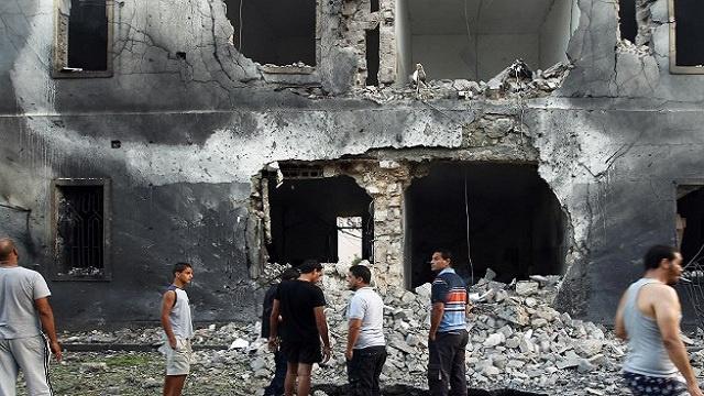 20 جريحا في بنغازي جراء سقوط قذيفة على منزلهم